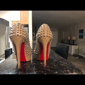 Authentic Christian Louboutin Bianca Spiked!